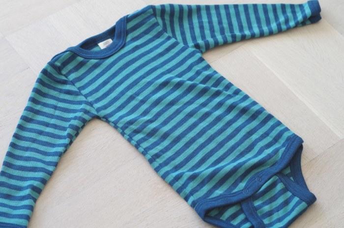 Engel body i ull/silke, turkos/blå