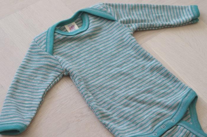 Engel body i ull/silke, grå/turkos