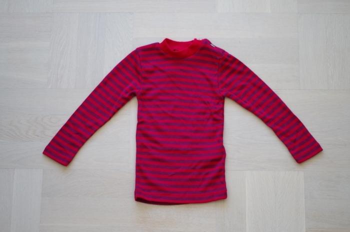 Engel tröja med axelknappar i ull/silke, röd/lila