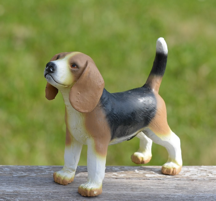 GreenRubberToys beagle i naturgummi