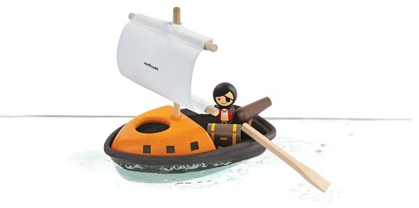 PlanToys pirate boat