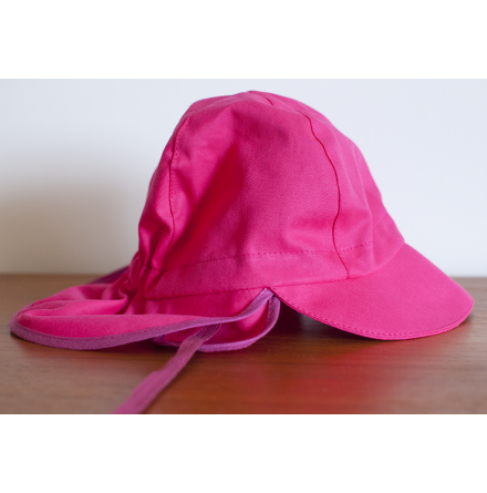 Pickapooh rosa solkeps med nackskydd och öronlappar UV80 Tom