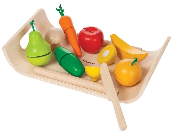 PlanToys bricka med frukt och grönsaker i trä