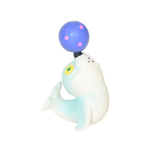 Lanco badsäl med boll på nosen i naturgummi